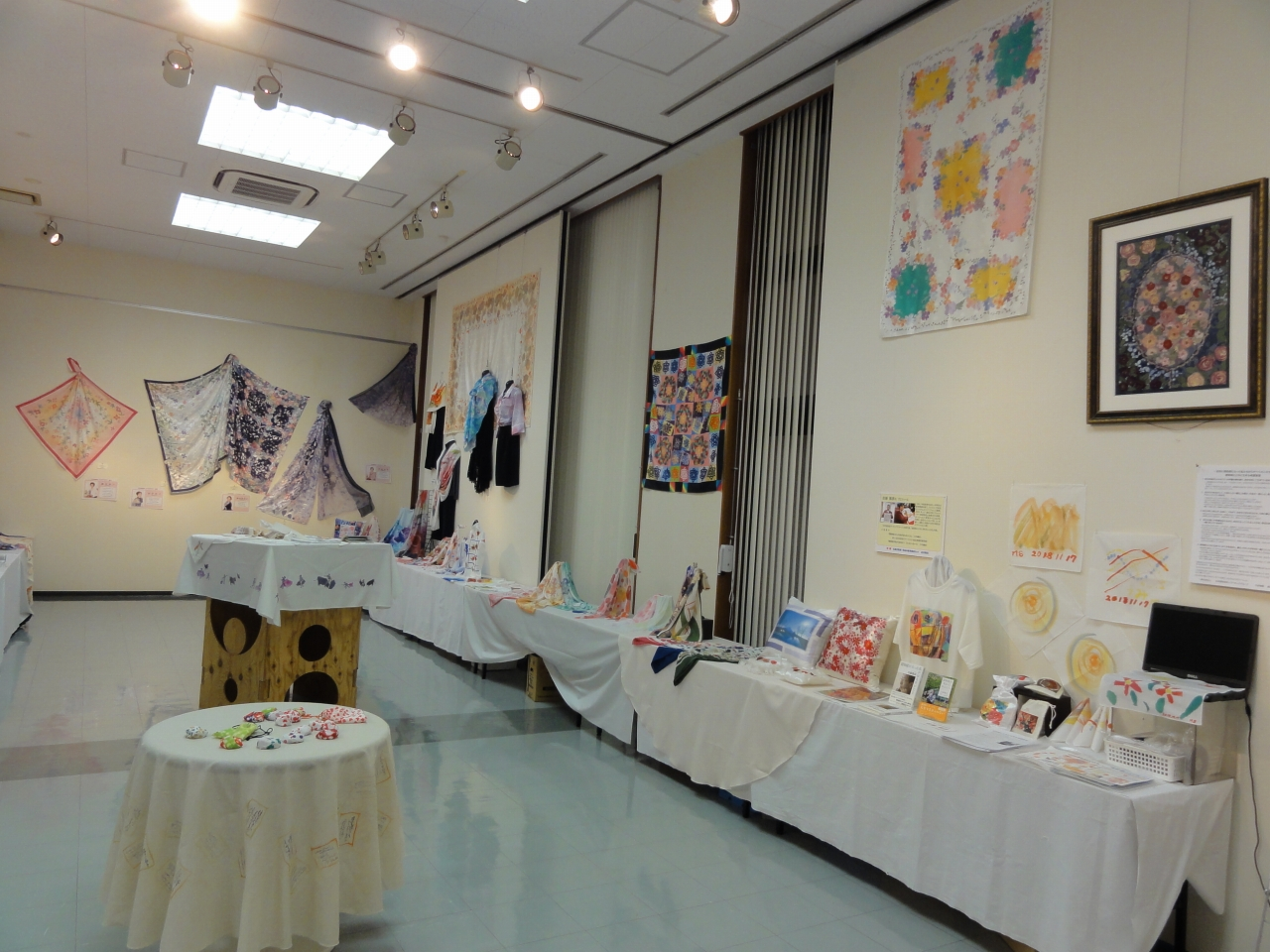 NPO設立20周年記念「暮らしを彩る幸染展」