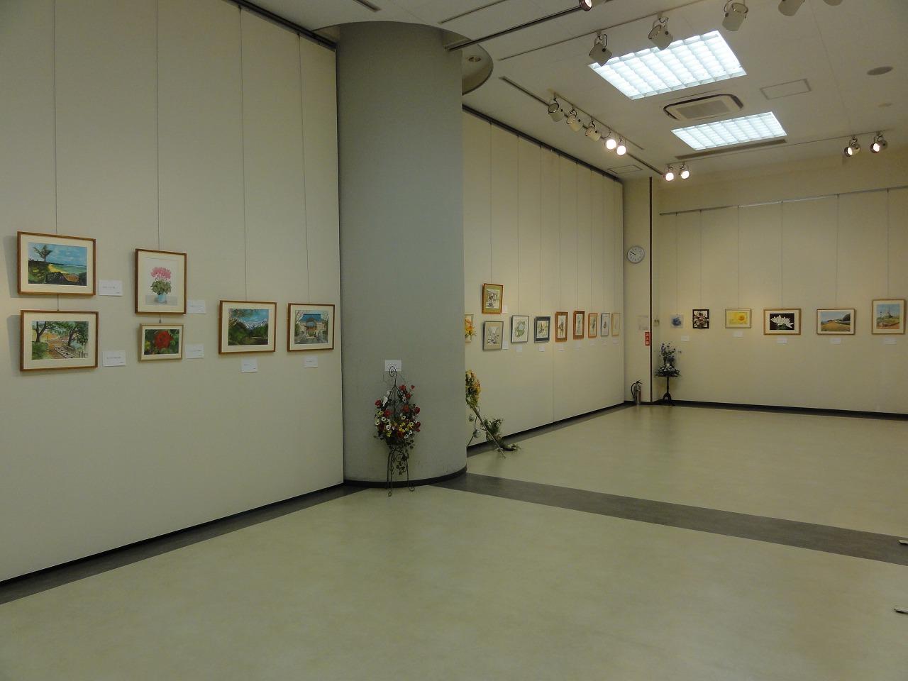 岸本ちゑみ(大原まどか)水彩画展、ひまわりアートサークル水彩画展、フラワーアレンジメント